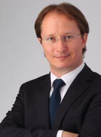 Rechtsanwalt Mag. Peter Pacher, LL.M., Wien gelistet bei McAdvo, dem Europaportal für Rechtsanwälte